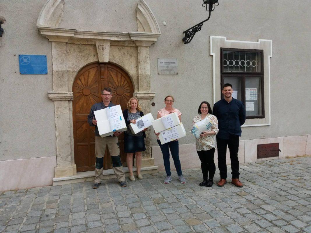 Donacija Zastitnih Vizira Glazbenoj Skoli Franje Kuhaca Osijek